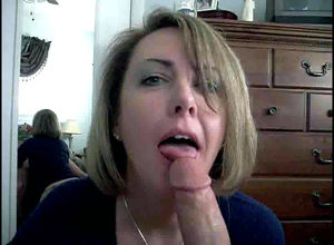 Super-fucking-hot wifey gargling..
