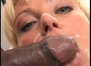 filthy mummy taking ebony facial jizz..