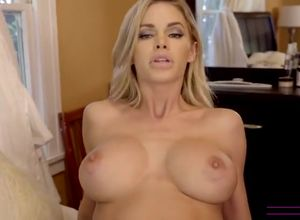Gigantic  stepmom Jessa loves new stiffy