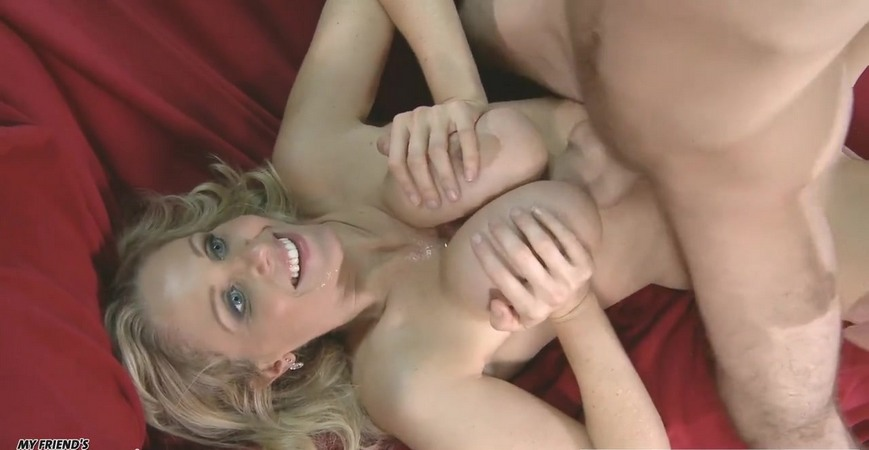 Julia Ann is beautiful blond mommy..